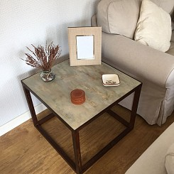 Mesa de madera pintada-2